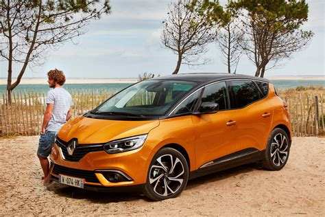 renault drops gallery with new scenic grand