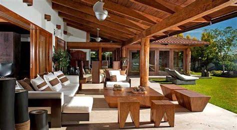 veranda in legno e vetro prezzi progettazione e costo verande in legno pvc alluminio e