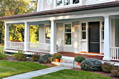 house with a porch farmhouse porch railing siudy net