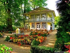 gardening beautiful house garden pictures house beautiful