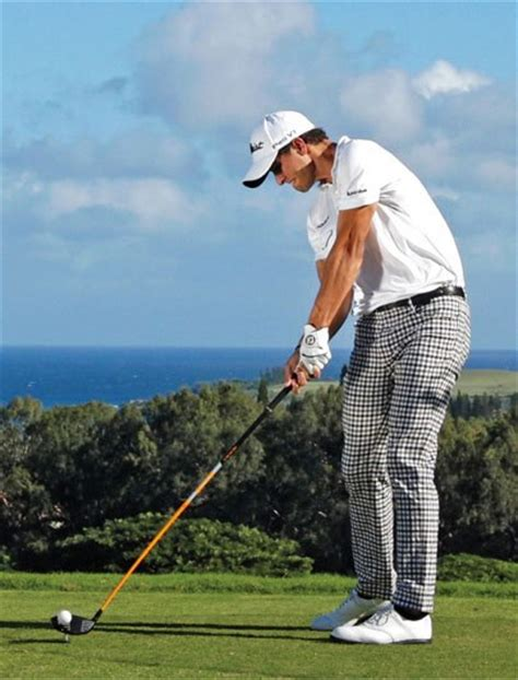 simple golf swing thoughts 6 pga tour swing thoughts photos golf digest