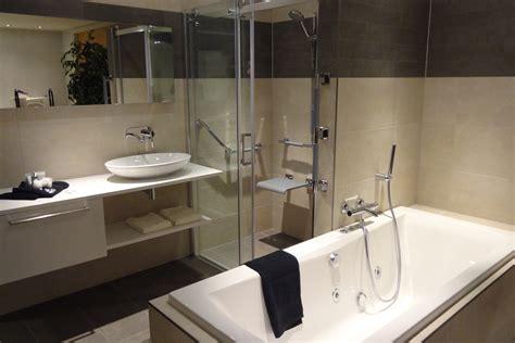 Badkamer Klein Voorbeelden by Kleine Badkamer Voorbeelden