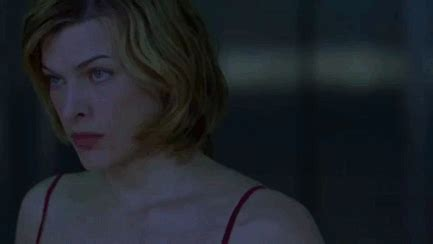 milla jovovich everything resident evil gif find share on giphy