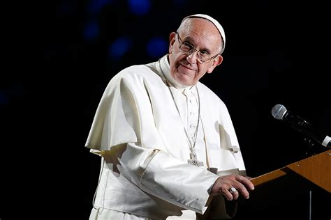 biography of pope francis how writing a biography of pope francis restored one