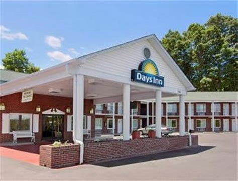 comfort inn elkin nc jonesville days inn elkin jonesville deals see hotel
