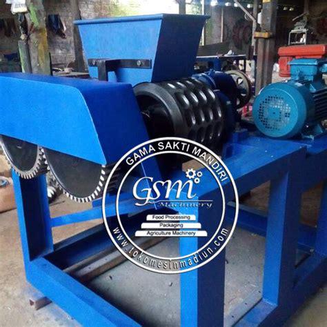 Jual Batok Kelapa Jawa Timur mesin pembuat briket arang termurah di madiun jawa timur