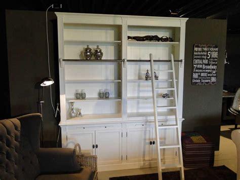 witte boekenkast witte boekenkast with trap met kast