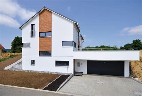 Einfamilienhaus Mit Doppelgarage Modern by Einfamilienhaus Mit Doppelgarage Modern Emphit