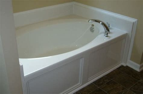how to tell if a bathtub is fiberglass or acrylic fiberglass bathtub fiberglass tub