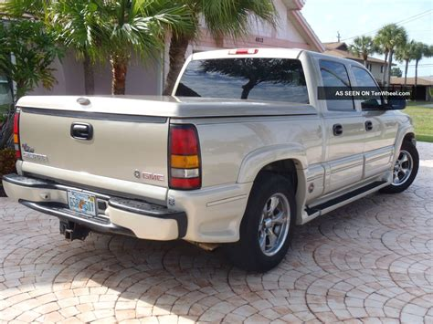 gmc southern comfort 2005 gmc sierra 1500 with southern comfort ultimate