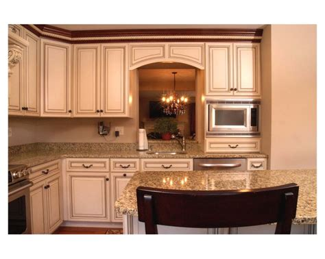 presidential kitchen cabinet 91 best images about off white kitchens on pinterest