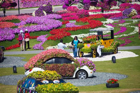 florist jobs in dubai dubai s miracle garden opens with 45 million flowers