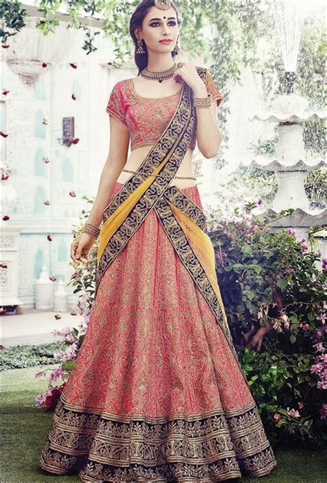 Ghagra Choli For Wedding: 25 Gorgeous Indian Lehenga Ensembles