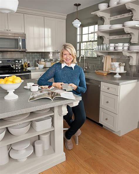 Martha Stewart Kitchen Collection by Tour Martha Stewart S Home Cantitoe Corners In Bedford New