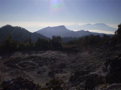 Bl 3 806 Apa Siapa Orang Jawa Tengah Bambang Sadono Citra Almamat cah angoncs puncak jaya wijayanya rembang