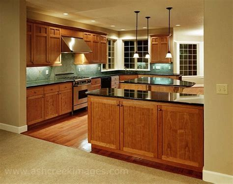 Cherry Oak Cabinets Kitchen by Kitchen Oak Cabinets Countertops Floor And Backsplash