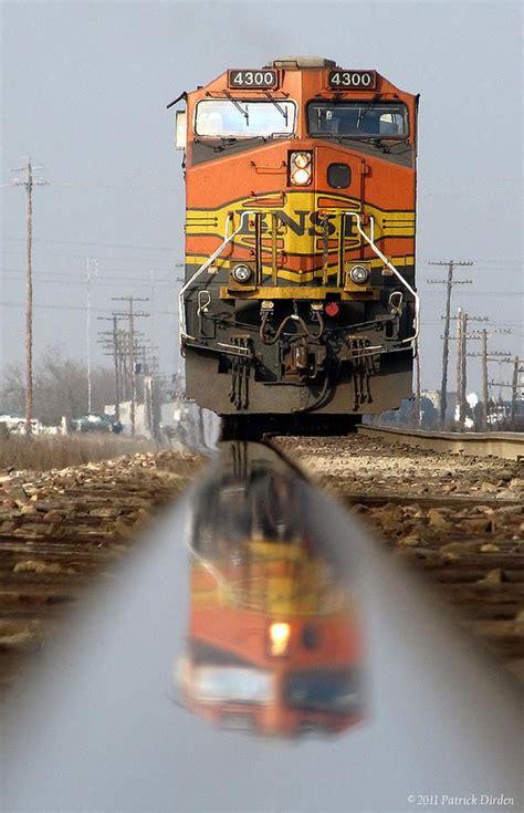bnsf 4300 c44 9w ge bnsf burlington northern santa fe burlington northern santa fe railroad