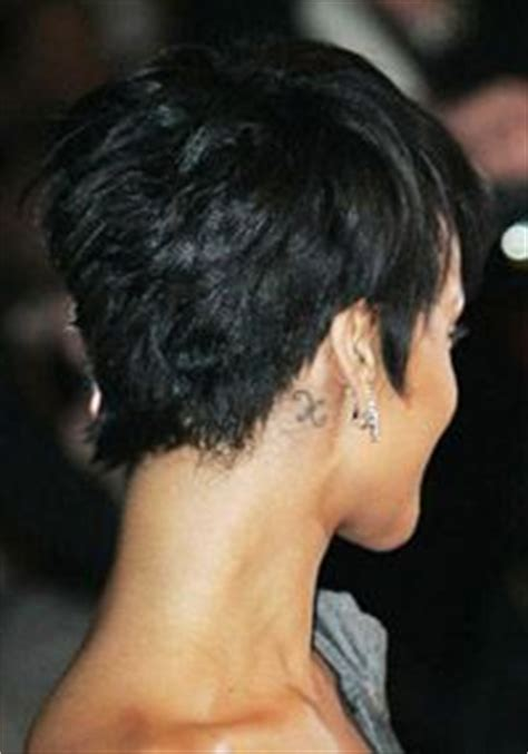 rihanna short hairstyles front and back rihanna pixie haircut back view www pixshark com