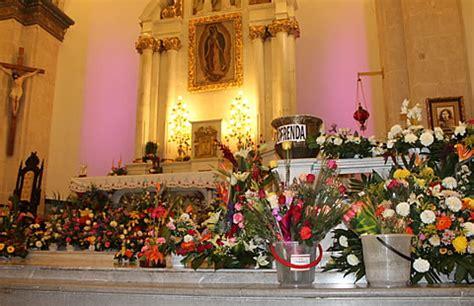 imagenes de arreglos florares virgen de guadalupe acuden chihuahuenses al santuario para adorar a la virgen