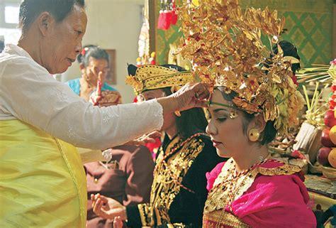 Pengantar Hukum Hindu Buku Bali Hindu parisada hindu dharma indonesia