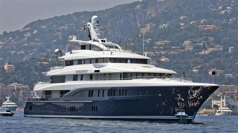 excellence  yacht boat international