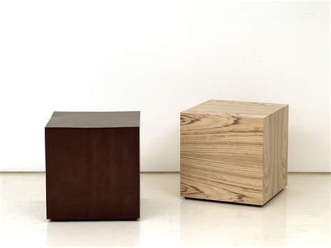 table basse en bois cube by interni edition design