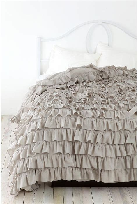 gray ruffle bedding 149 nwot urban outfitters ruffle duvet twin xl grey