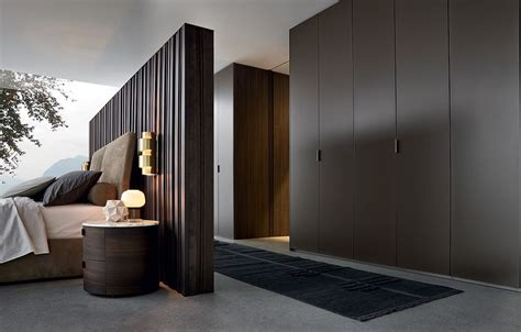 Poliform Wardrobes by Fitted Lacquered Wardrobe By Poliform Design Rodolfo Dordoni