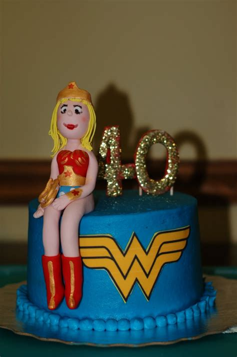 taras cupcakes  woman cake