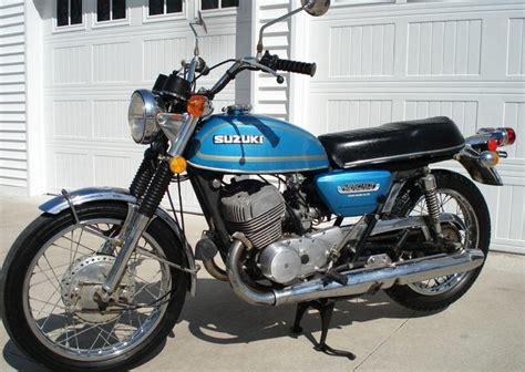 Suzuki Titan 500 by Pair Of Scare 1969 1970 Suzuki T500