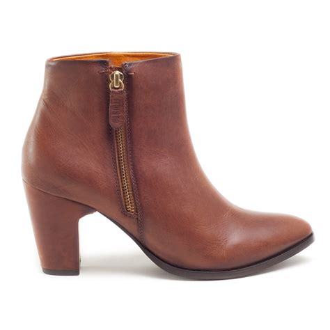 val ankle boot cognac