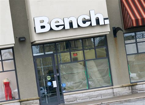 bench clothing store bench clothing store opening at windsor crossing outlet mall windsoritedotca news