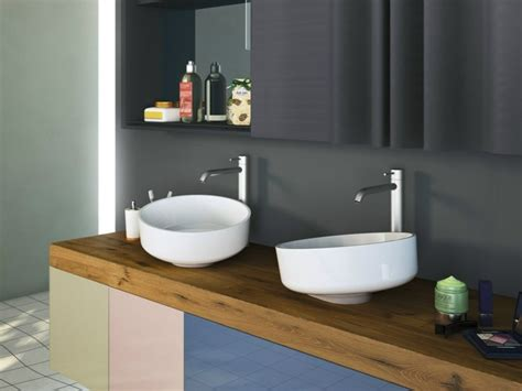 Badezimmer Unterschrank Mit Holzplatte by Badezimmer Waschbecken 29 Beispiele Mit Modernem Design