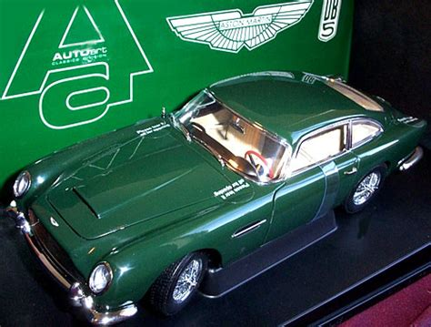 aston martin db british racing green autoart