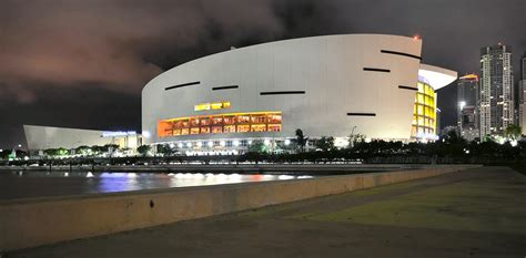 American Airlines Arena Parking Garage by American Airlines Arena Downtown Overtown Attractions