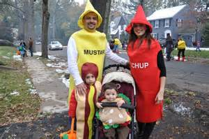 halloween costume ideas 21 awesome family costumes
