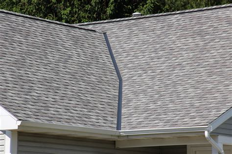 Roof Care 4 Tips To Summer Roof Maintenance Tips Werner Roofing Grand