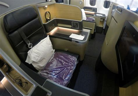 qantas airlines seats qantas a330 domestic business class overview point hacks