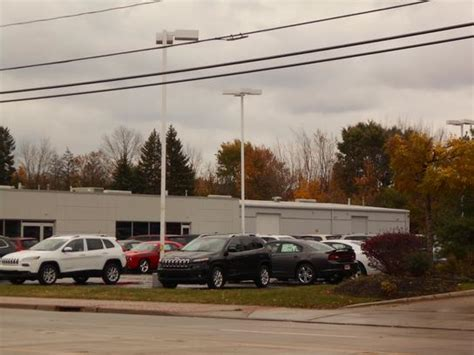 ganley services ganley chrysler dodge jeep ram car dealership in painesville oh 44077