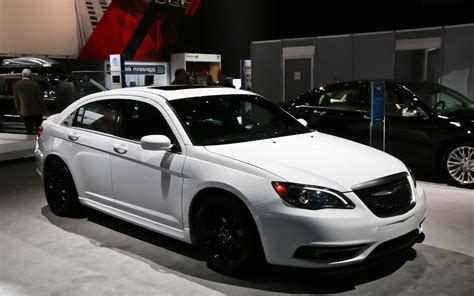 chrysler 200 special edition 200 unit 2013 chrysler 200s special edition revealed