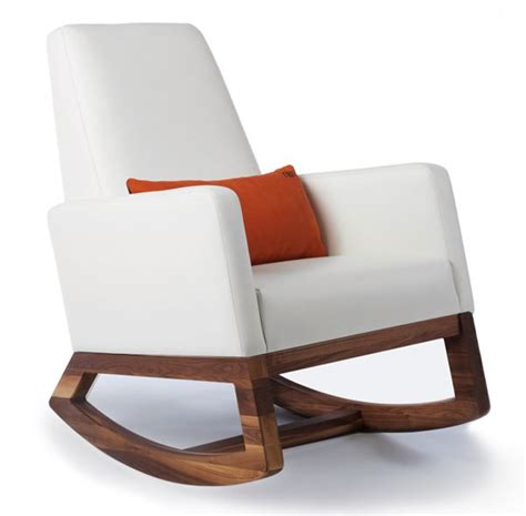 Leather Rocking Chairs For Nursery Best 25 Nursing Chair Ideas On Nursery Gliders Nursery Recliner And Baby Room