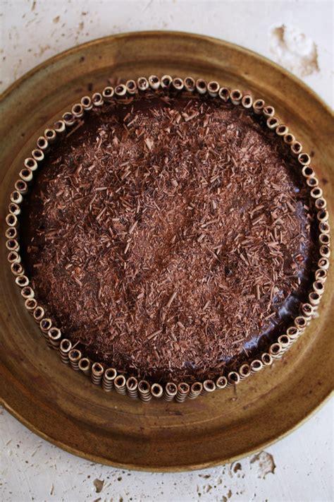simple chocolate cake recipe a chocolate birthday cake recipe