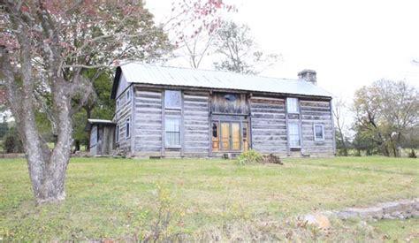 Cabin Rental Near Nashville Tn by Rent An Historic Log Cabin Near Nashville Tn