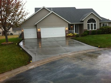 terrific landscaping driveway for activities outside of