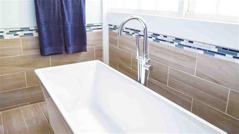 Choosing Bathroom Tile by Living Smart Choosing Bathroom Tile That S Trendy And