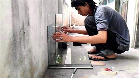 Meja Aquarium 2nd Kondisi Mantap pembuatan akuarium dari tv tabung part 3