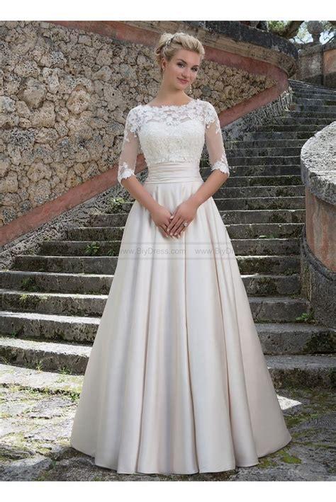 Best 25  Wedding dresses plus size ideas on Pinterest