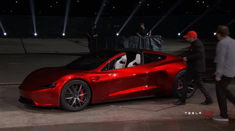 Tesla Battery 2020 by Tesla Shocks Us With New 2020 Roadster Does 0 60 In 1 9