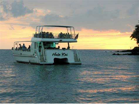 catamaran tours big island hawaii hula kai manta ray night swim snorkeling catamaran