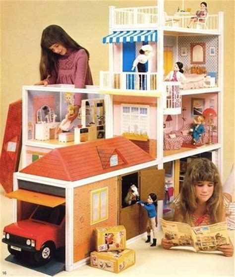 sindy dolls house 1000 images about dollhouse plastic palaces on pinterest dollhouse dolls swan